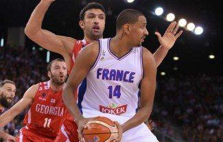 Alexis Ajinca se queda sin Europeo. Los Pelicans salvaguardan a su pívot. Jaiteh, sustituto