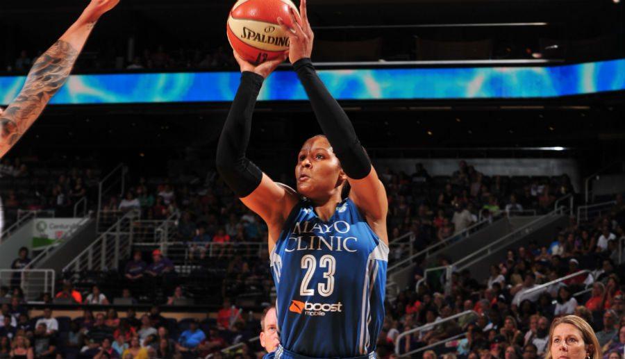 Los 40 puntos de Maya Moore para meter a las Lynx de Anna Cruz en la final, aquí (Vídeo)