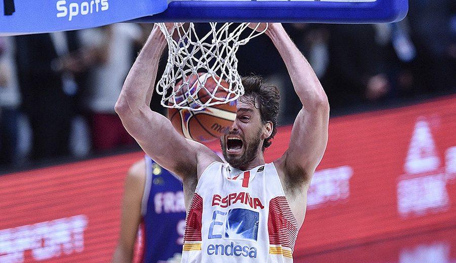 Para guardar. Las mejores jugadas de España en el Eurobasket, aquí. Pau, protagonista (Vídeo)