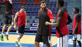 Bourousis ya produce en su 2º partido con el Baskonia. 8 puntos y 11 rebotes ante el Unics (Vídeo)