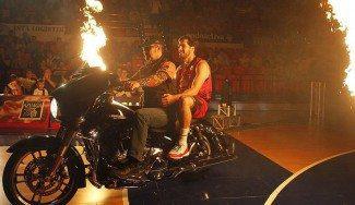 ¿Bellas, Benzing y Diener en una Harley en el Príncipe Felipe? Así fue la presentación del CAI (Vídeo)