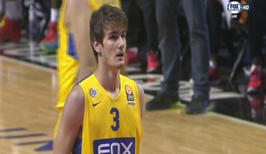 La NBA, al tanto: el pívot croata Dragan Bender (2.13; 17) brilla con Maccabi en USA
