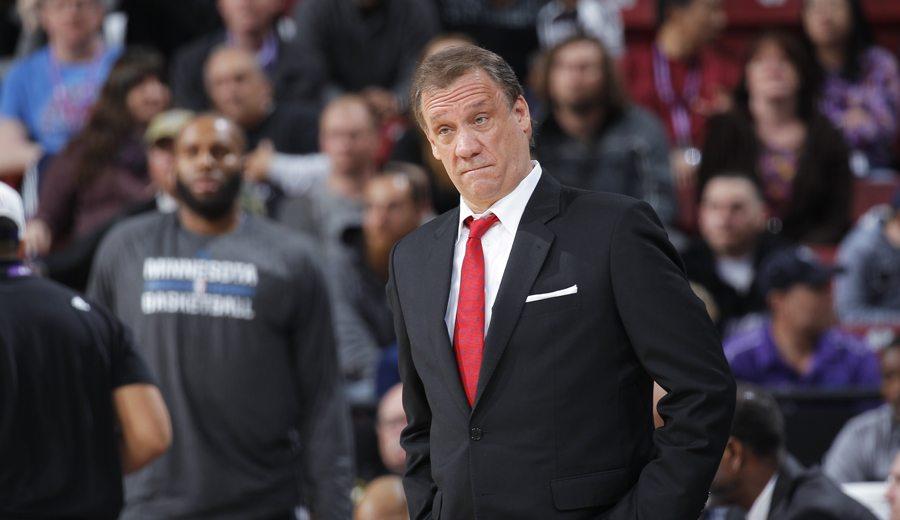 Los entrenadores NBA llevarán un pin todo el curso para recordar a Flip Saunders
