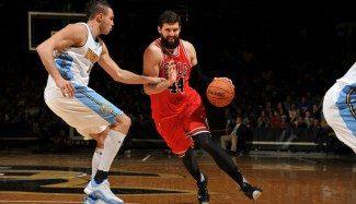Mirotic lidera a los Bulls en ausencia de Pau, pero no evita la derrota ante Denver (Vídeo)