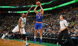 Calderón (17) ejerce de líder de los Knicks en Boston. Porzingis roza el doble-doble (Vídeo)