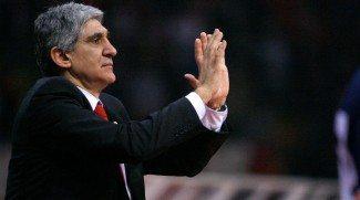 Panagiotis Giannakis, cerca de un banquillo NBA. Se ha reunido con los Bucks