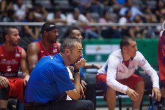 Paco Olmos da el salto de Puerto Rico a México. Nuevo entrenador de Jefes Fuerza Lagunera