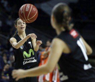 Estudiantes 'reina' en Madrid. Concentración Infantil y Cadete de la FBM con 15 jugadoras colegiales