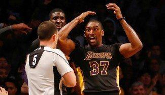 Estreno de los Lakers en Brooklyn. Regreso de Metta World Peace. Byron Scott ya tiene MWP (Vídeo)