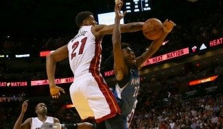 Hassan Whiteside, en un año: de descartado por los Grizzlies a un triple-doble (Vídeo)