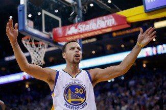 Los Warriors (26-1) ajustan cuentas con los Bucks seis días después (Vídeo)