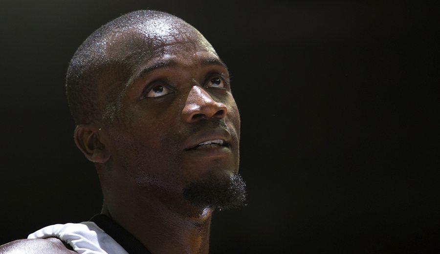 El máximo taponador ACB Shawn James ya tiene novias. En la lista del Olympiacos