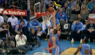 Kanter se une al dúo Durant-Westbrook en los Thunder. Tremendo 'póster' a Jokic (Video)