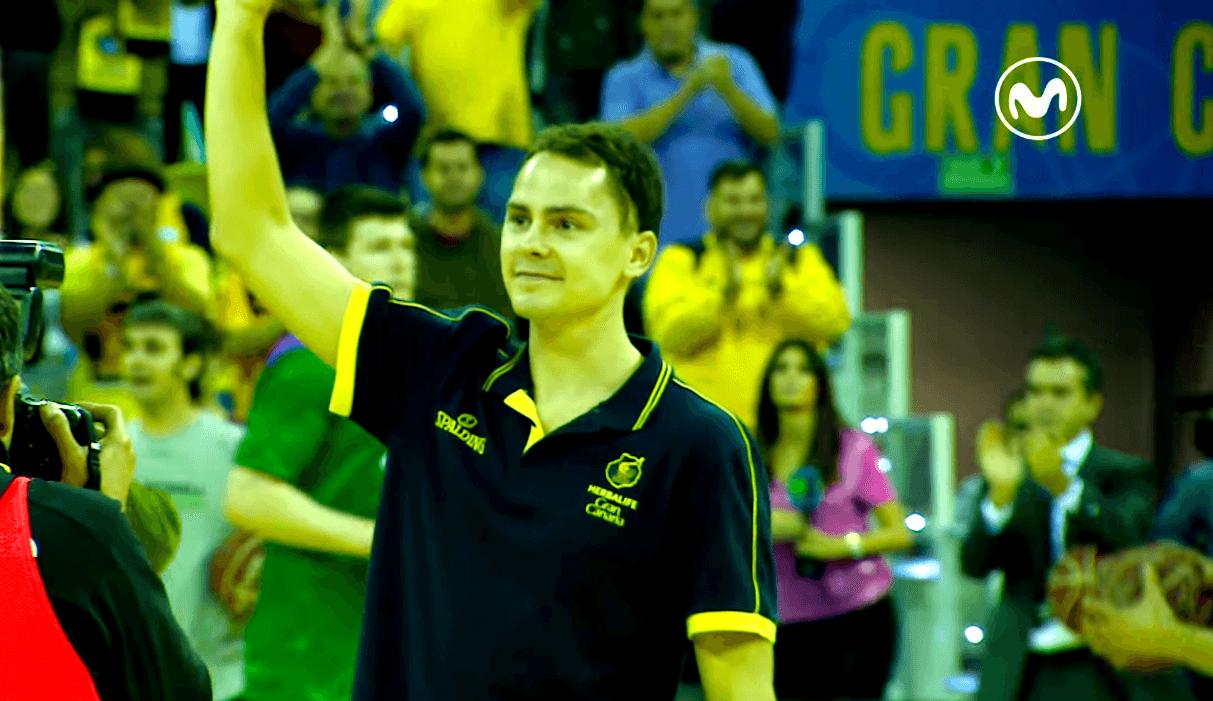 """Piel de gallina: tremenda ovación del Gran Canaria Arena a Kuric. """"¡MVP, MVP!"""" (Vídeo)"""