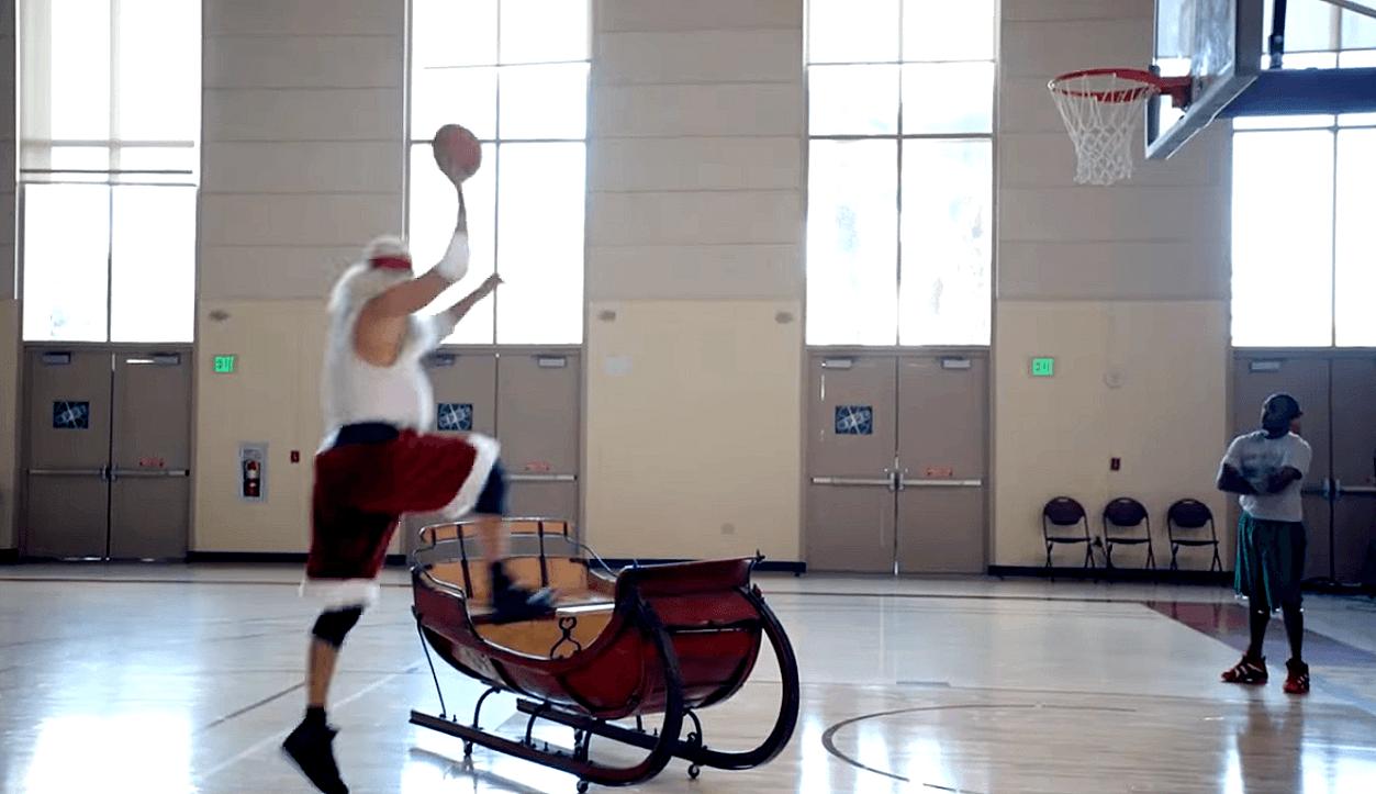 ¿Fichará Papá Noel por algún equipo NBA? En la promo de ESPN apunta a jugón (Vídeo)