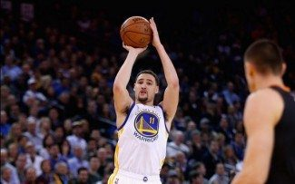 Klay, on fire: 27 de los 46 puntos de los Warriors en el tercer cuarto (Vídeo)