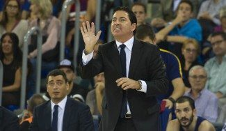 «Un perfeccionista». Mira qué opinan los jugadores del Barça de Xavi Pascual (Vídeo)