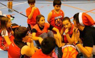 Los villancicos y el baloncesto se unen en Zona Press. ¡Una experiencia increíble! (Vídeo)