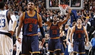 Los Cavs salvan su racha con prórroga en Dallas. Robo de Shumpert y triple de Irving, claves (Vídeo)