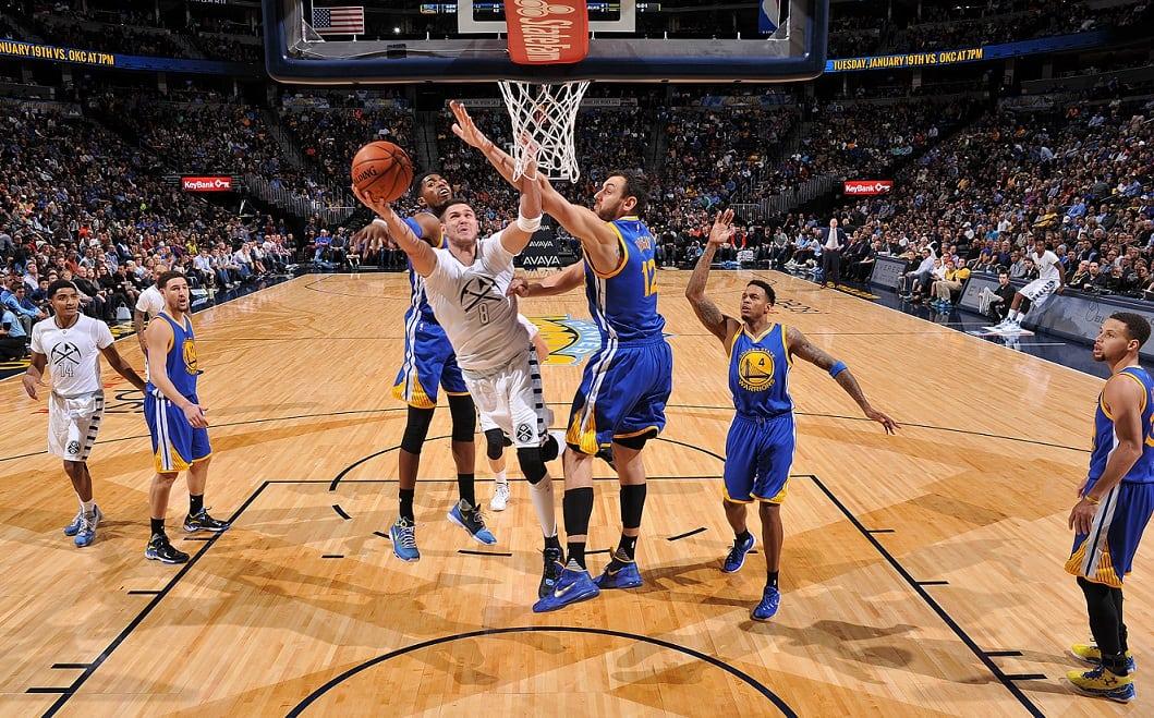 Tercera derrota de los Warriors (36-3). Gallinari, 28 puntos y robo clave a Curry