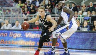 La FIBA deniega la carta de baja de Hakanson. ¿Adiós a Sevilla?