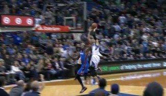LaVine se la lía a Durant. No te pierdas la entrada más loca del año, ¿Vale o no vale?