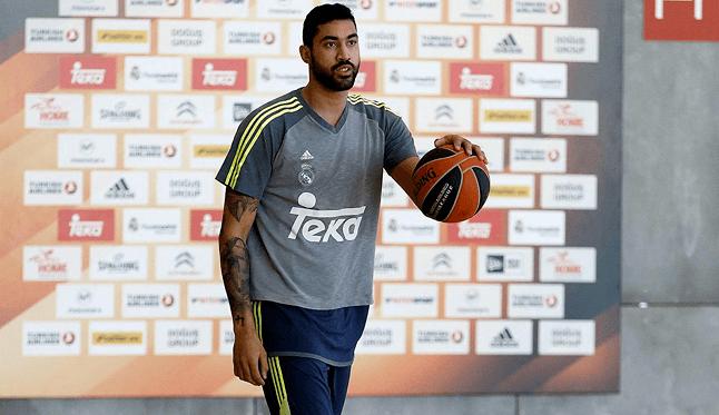 Lima ya entrena con el Madrid: «Reboteando y defendiendo haré mejores a mis compañeros»