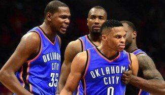 Otro día en la oficina para Oklahoma: Durant de 'killer', Westbrook destrozando aros