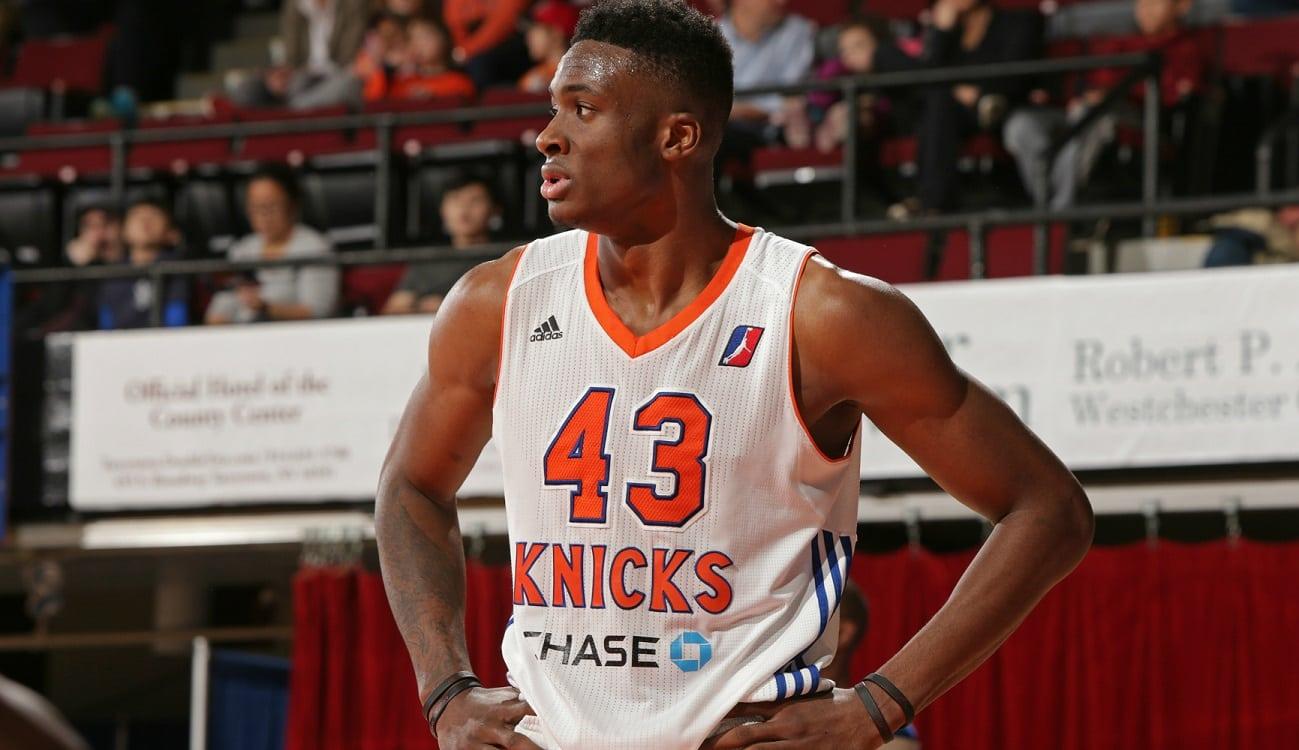 Los Knicks repescan al otro Antetokounmpo: mira a Thanasis poniendo 4 boinas (Vídeo)