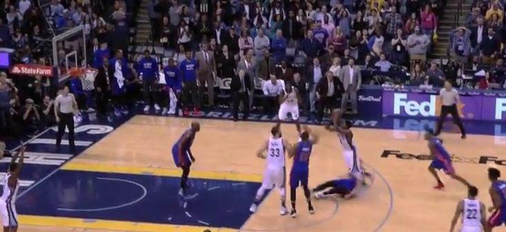 Chalmers convierte un balón perdido en canasta ganadora ante los Pistons (Vídeo)
