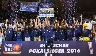 Dos canastas ganadoras en menos de 24 horas: el ALBA, campeón gracias a Milosavljevic (Vídeos)