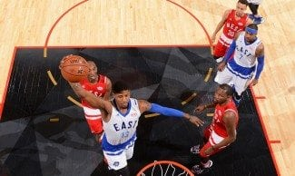 Paul George falló el triple para batir el récord anotador de Chamberlain en un All-Star (Víd)