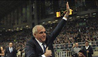El Fenerbahçe pierde el invicto en la vuelta de Zeljko a Atenas. Mira qué recibimiento (Vídeo)