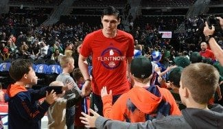 Traspasos NBA: Jennings e Ilyasova van a Orlando; Courtney Lee, adiós a los Grizzlies