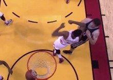Los Spurs desesperan a Miami: Whiteside lo paga con Marjanovic… ¡vaya codazo! (Vídeo)