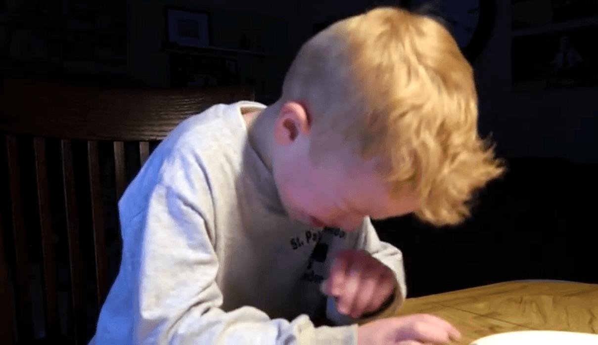 Vaya disgusto: un niño llora a moco tendido cuando se entera del traspaso de Varejao