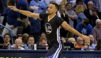 """Magic, sobre Curry: """"Puede ser el mejor que hayamos visto jamás"""". Toda la NBA, a sus pies"""