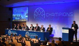 La FIBA presiona con excluir a las selecciones para quedarse con los equipos Eurocup