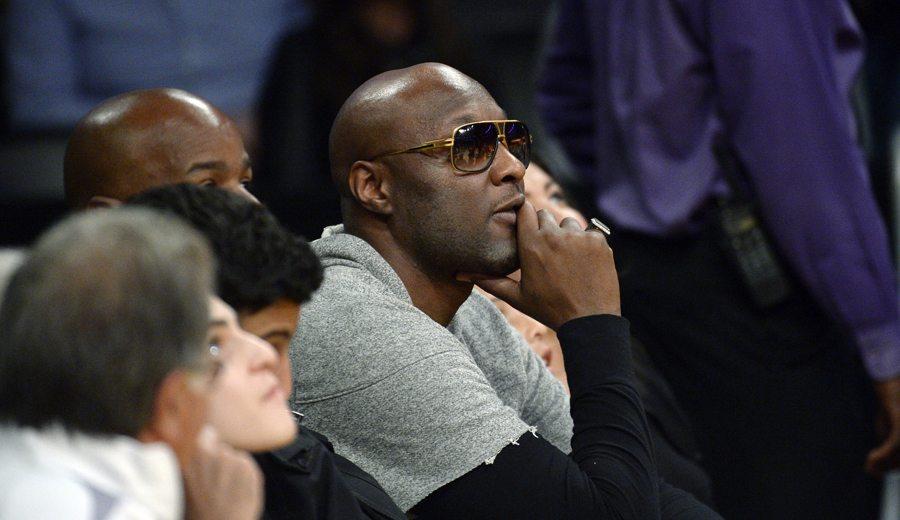 Lamar Odom, de vuelta al Staples. Kobe: «Es un milagro» (Vídeos)