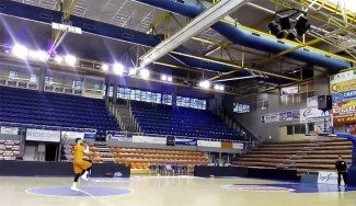 Marko Popovic, ¿preparado para volver? Mira cómo enchufa desde medio campo (Vídeo)