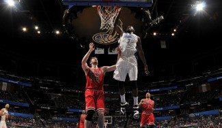 Naufragio en Orlando. Los Bulls, más lejos de playoffs: Pacers y Pistons, a 2 partidos (Víd)