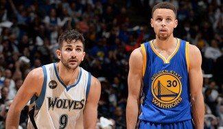 Ricky, de tú a tú con Curry: pierde pero anota un punto más. ¡Dos genios andan sueltos!