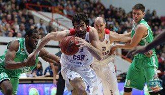¿Dos pases por la espalda en la misma jugada? El jogo bonito del CSKA (Vídeo)