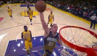 Alucinante: la nueva salvajada de Gordon. Eso sí, los Lakers vuelven a ganar (Vídeo)