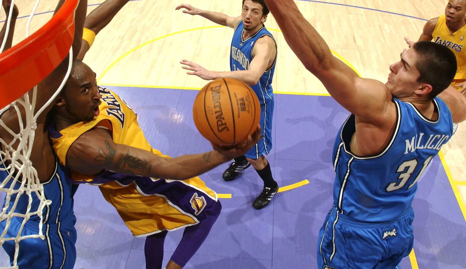 Las mejores jugadas de Kobe Bryant contra cada equipo de la NBA