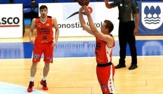 Festival del Valencia: récord ACB de triples ante un Gipuzkoa con problemas internos