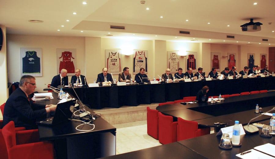 La FEB pide a ACB la suspensión del acuerdo con Euroliga y documentación para alegar a FIBA Europa