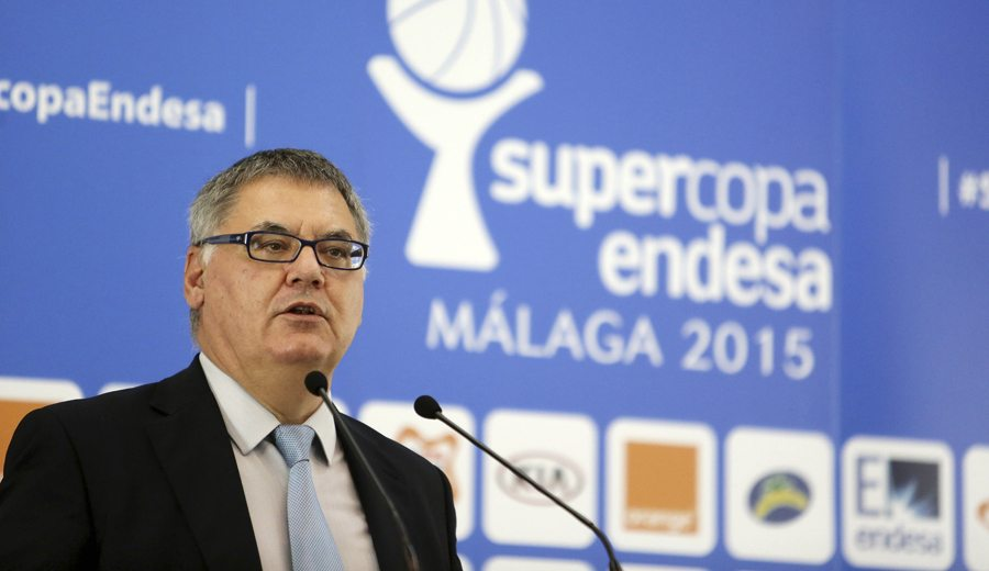 El presidente de la ACB considera «injusta» la sanción de la FIBA y tiende la mano a la FEB