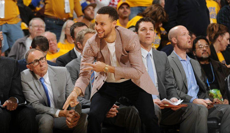Los Warriors hacen feliz a Curry y avanzan de ronda. ¡Vaya show de Klay Thompson! (Vídeo)