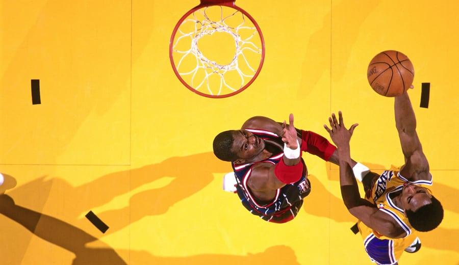 Kobe, el alumno más aventajado de Olajuwon en el poste bajo: «Lo ejecuta a la perfección»